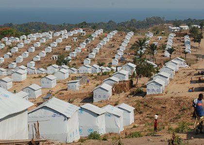 Asistencia Humanitaria en alimentos y no víveres para las personas refugiadas de Burundi instaladas en el campo de refugiados de LUSENDA, Territorio de Fizi, Provincia del Kivu Sur, este de la RD. Del Congo''